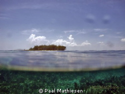 The picture was taken at snorkeling. Used G11, Canon House. by Paal Mathiesen 